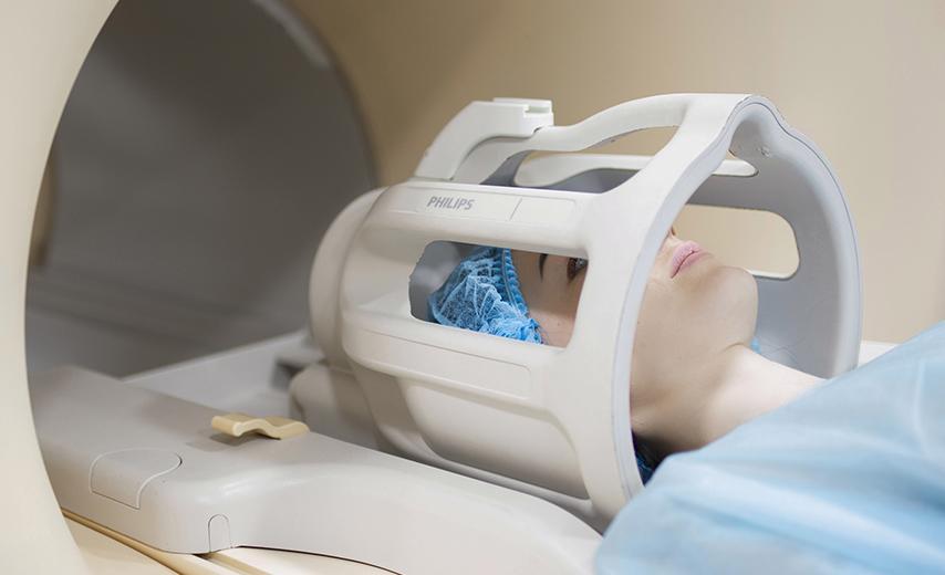 МРТ мягких тканей челюстно-лицевой области